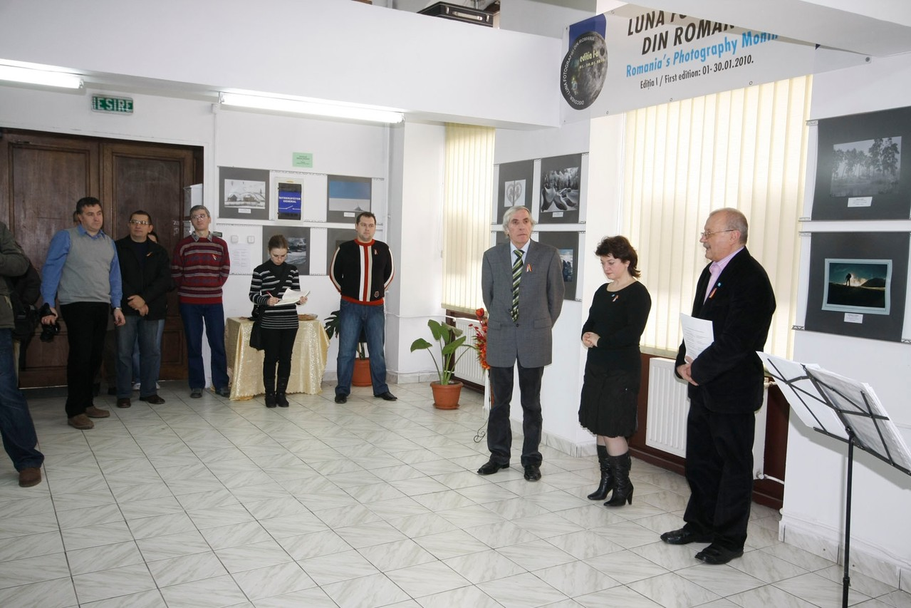 "Vernisaj Galeria ""Euro Foto Art"" Oradea 15.01.2011 - Openning in Galeria Euro Foto Art Oradea 15.01.2011  - Megnyitó a Nagyváradi Euro Foto Art Galériában 2011. 01.15"