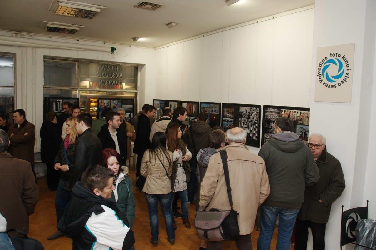 Fotó kiállítás megnyitója az  Újvidéki FKVSV Galériában a Nemzetközi Fesztivál keretén belül 2013 február  1-én