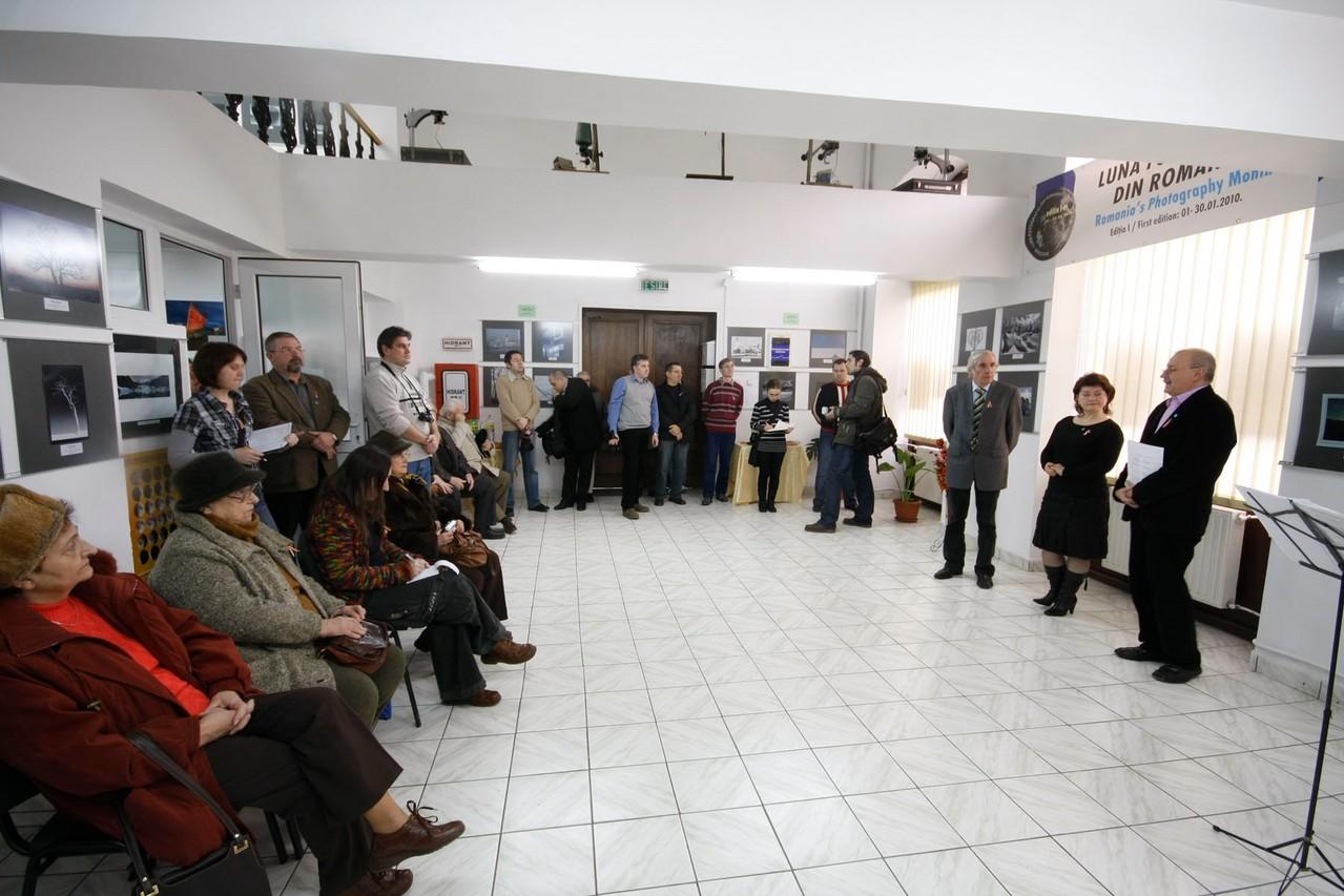 "Vernisaj Galeria ""Euro Foto Art"" Oradea 15.01.2010 - Openning in Galeria Euro Foto Art Oradea 15.01.2011  - Megnyitó a Nagyváradi Euro Foto Art Galériában 2011. 01.15"