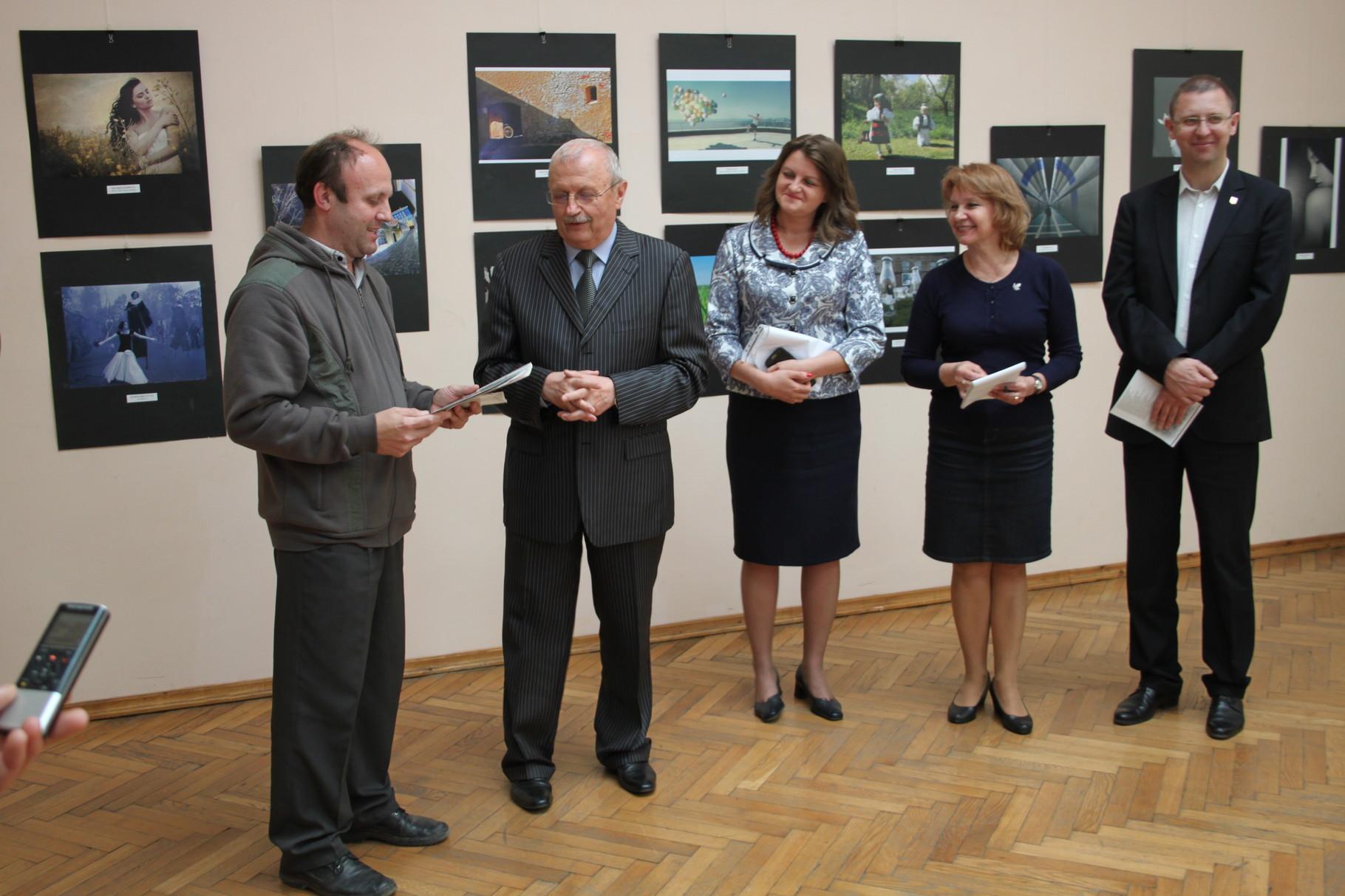 Megnyitó a Csernovitz-i Művészeti Múzeumban