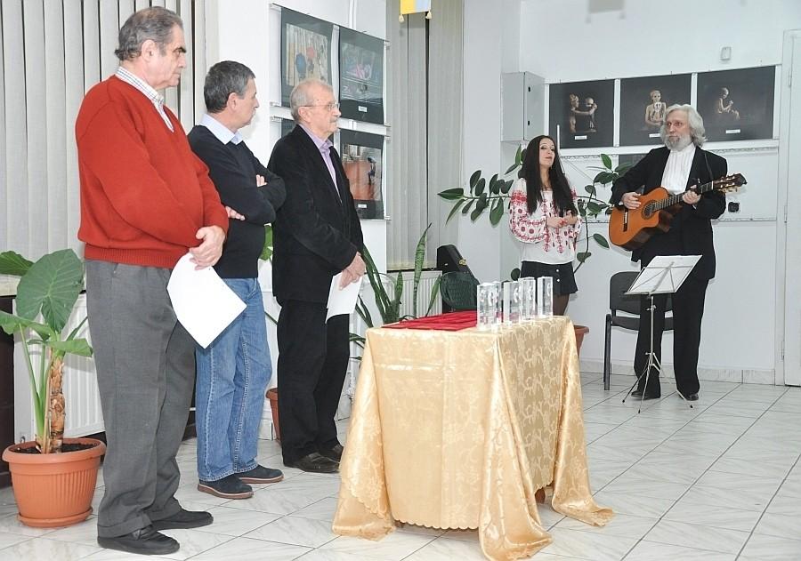 A XI-ik Premfoto Nemzetközi Szalon megnyitója az Euro Foto Art Galériában, 2013 december 20-án