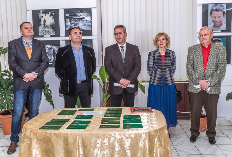 """A """"Romániai rómák"""" országos fotószalon megnyitója"""