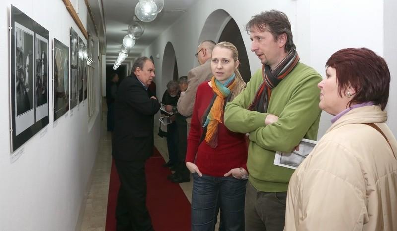 Révkomáromi (Szlovákia) Fotóklub kiállításának megnyitója a Nemzetközi Fesztivál keretén belül 2013 január 22-én