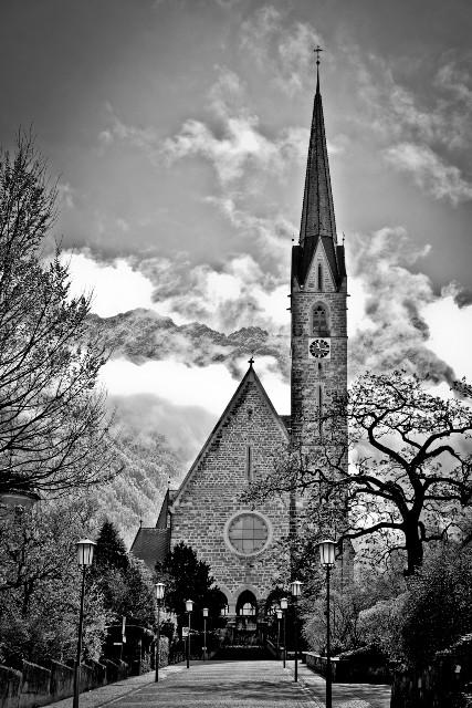 Ovi D. Pop (RO) - Biserica mare_Nagy templom