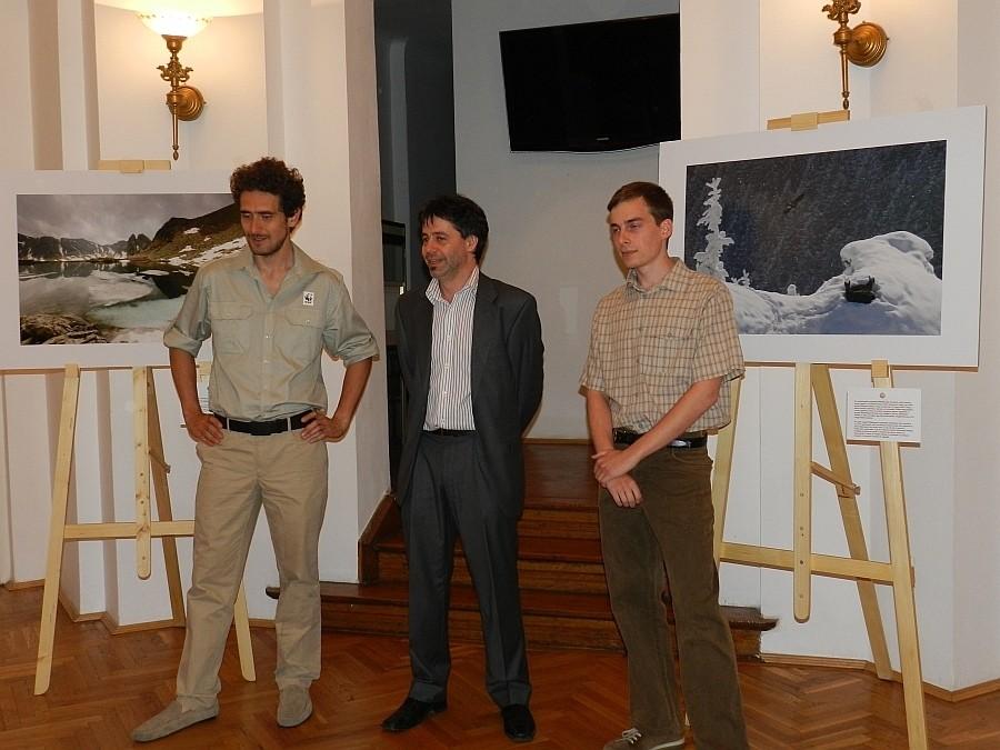 Nagy Zoltán csíkszeredai fotóművész egyéni kiállításának megnyitója a Balassi Intézet - a Bukaresti Magyar Intézetben 2013 május  16-án