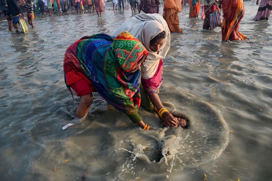 Smita Mondal (India) - My Bath