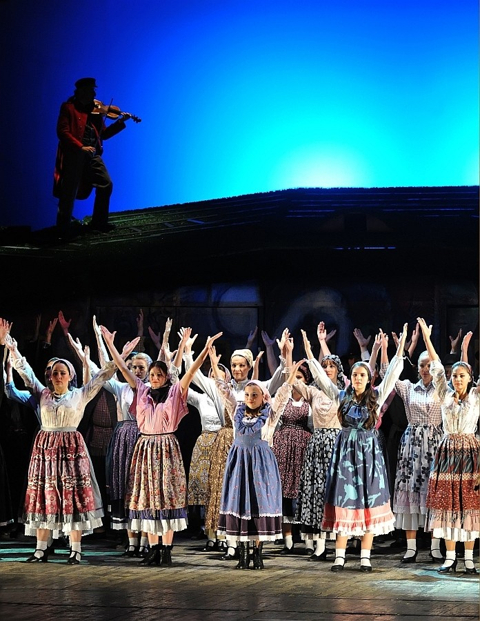 Ilisie Ovidiu (Oradea-Nagyvárad) - Dansul_A tánc