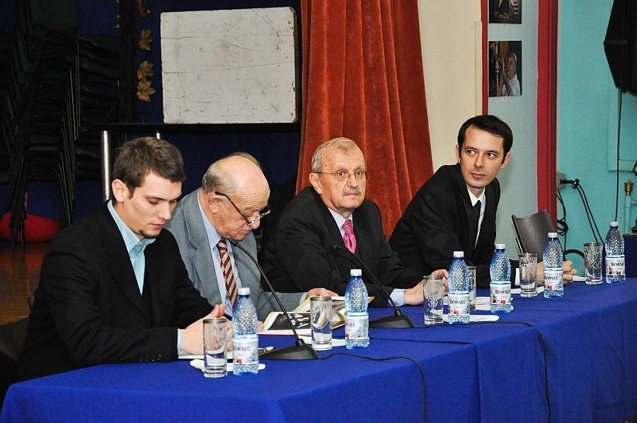 Vernisajul Salonului naţional Evreii din România la sediul Centrului Comunitar Evreiesc din Bucureşti - 15 decembrie 2013