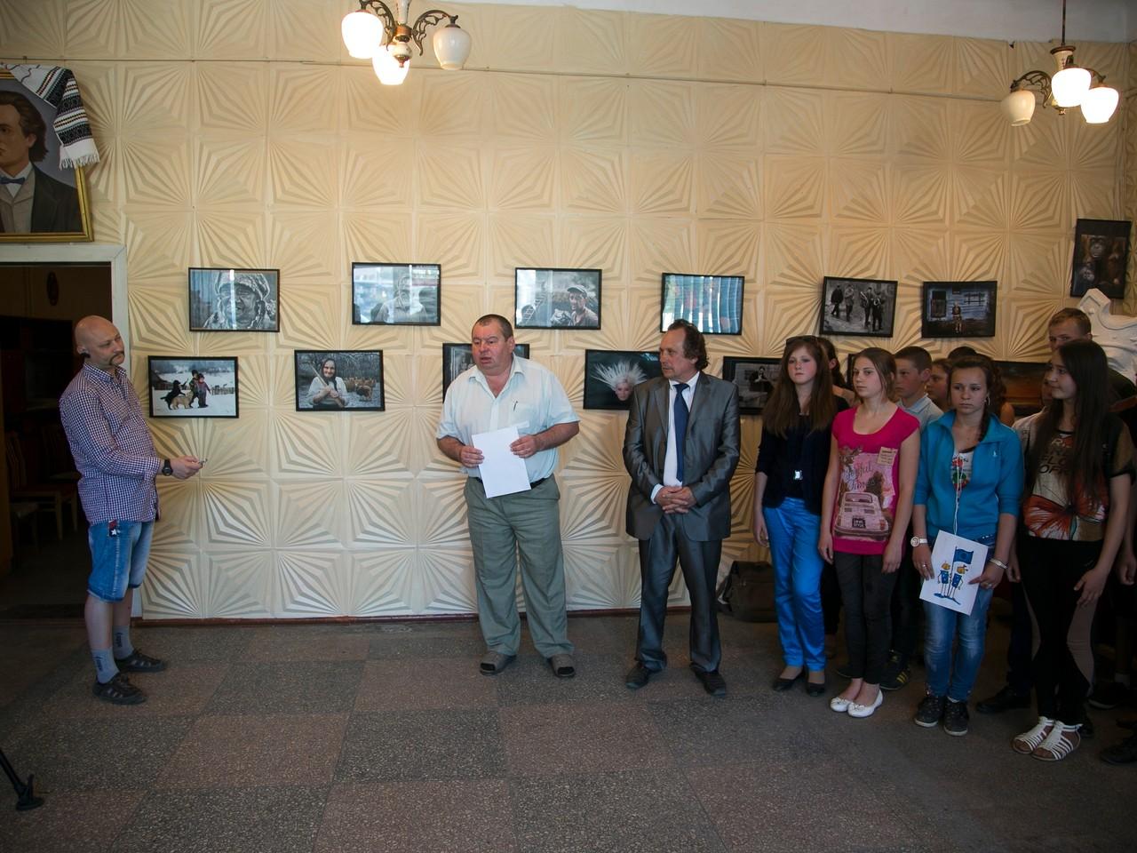 Eurofoart 2012 Nemzetközi kiállítás megnyitója a csernovitszi (Ukrajna) Euro Foto Art Galériában 2013 május  9-én