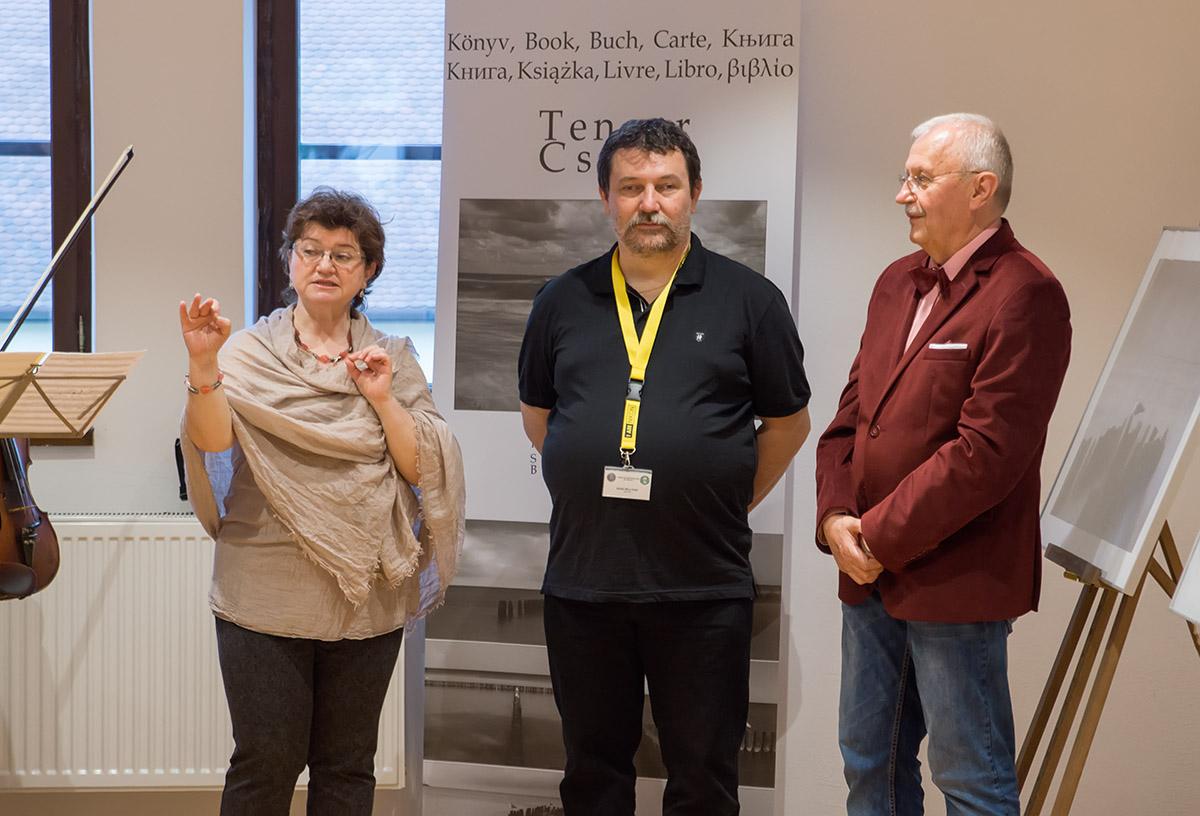 Szabó Béla Győr-i fotóművész egyéni kiállításának megnyitója