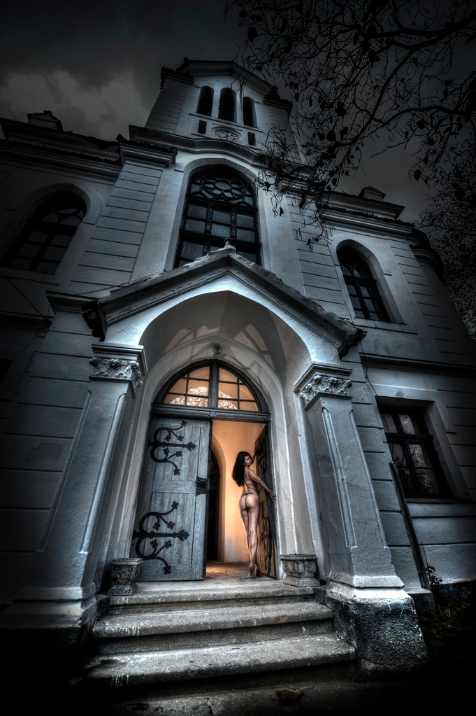 Trófea - Ede Tordai EFIAP (RO) - Open gate/ Szabad ajtó
