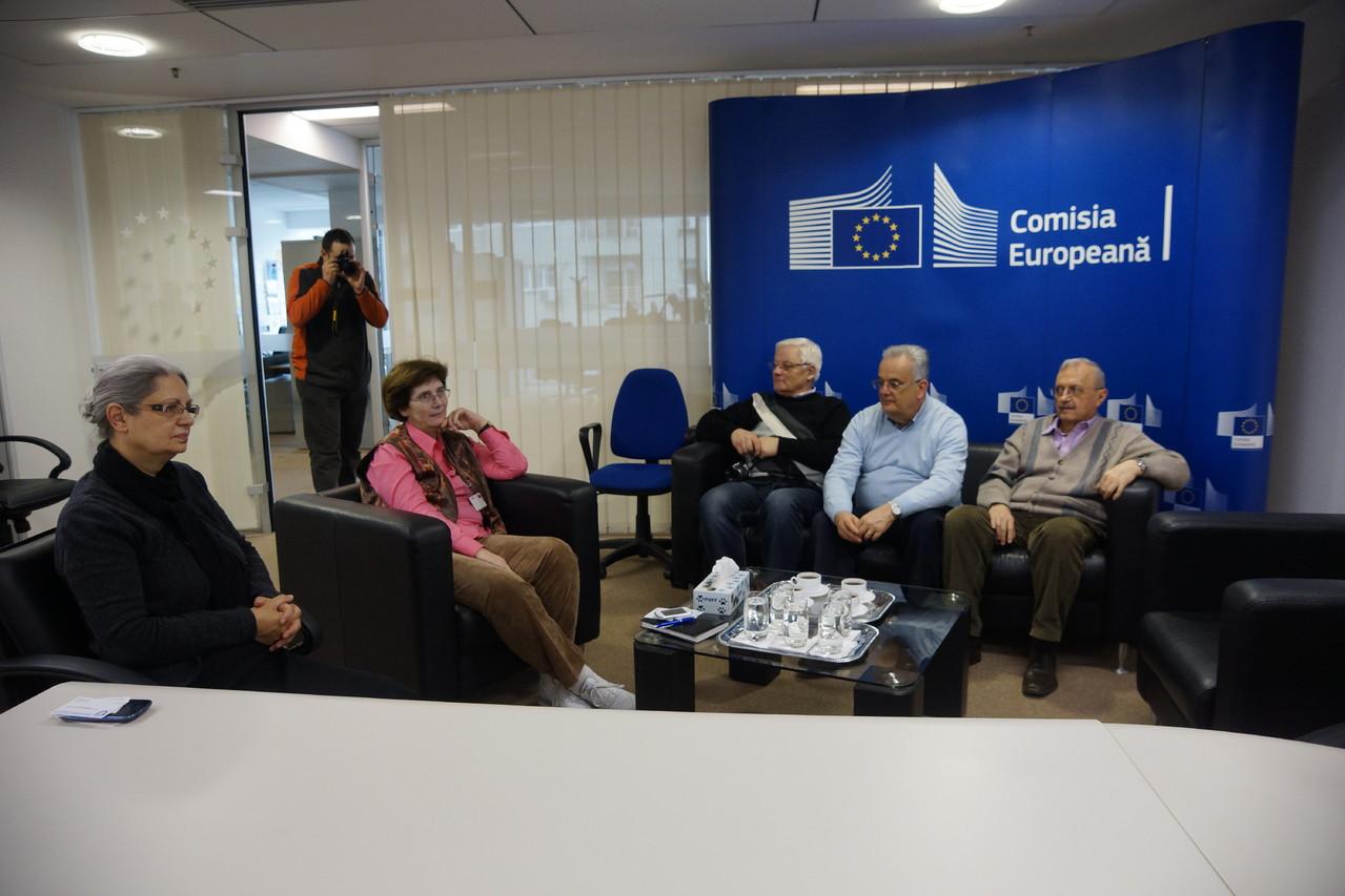 Az Eurofoart nemzetközi zsűri tagjainak látogatása az Európai Unió Romániai Képviseletének székhelyén