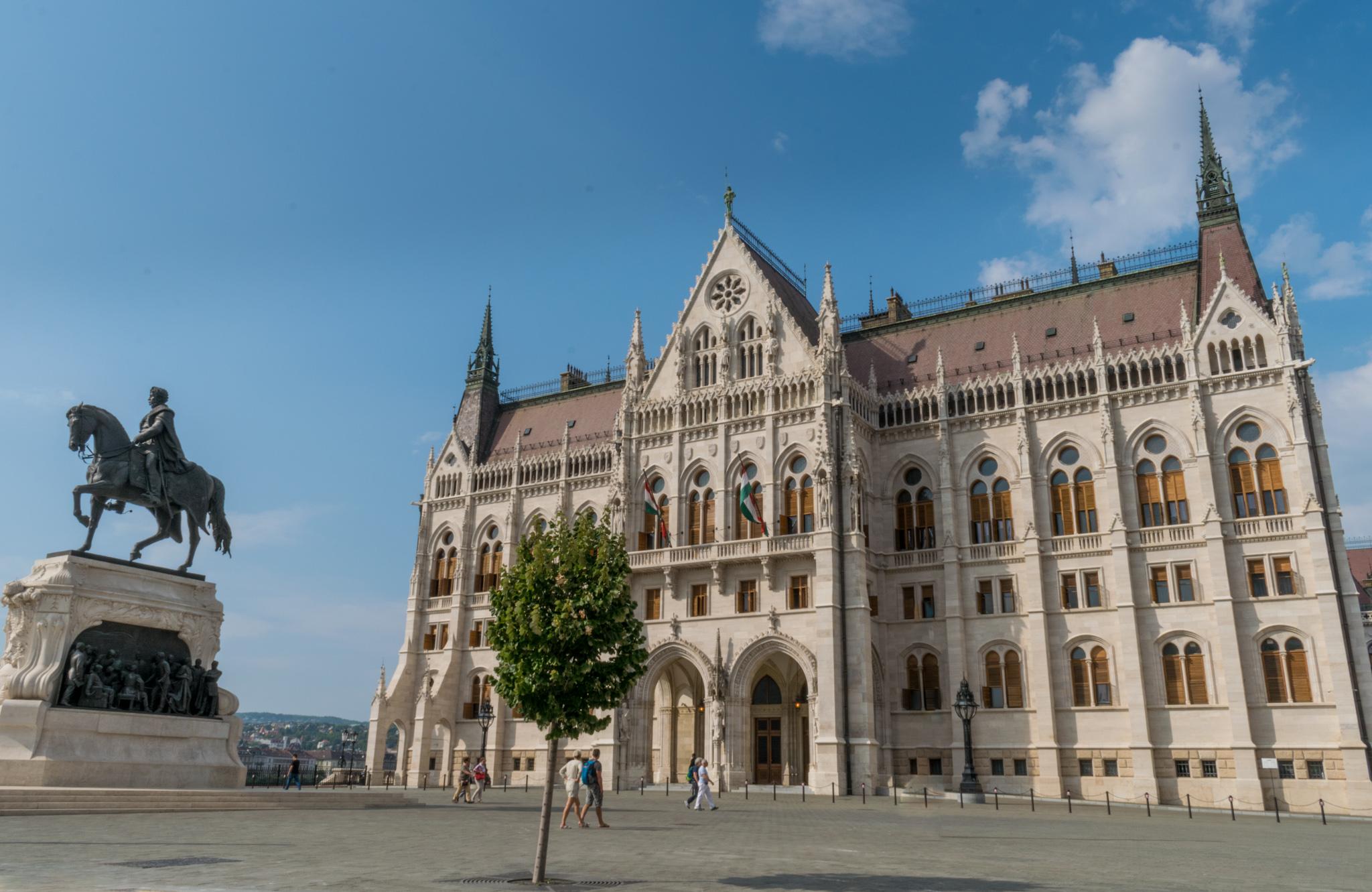 038-KOVÁCS Orsolya (Oradea-RO) - Budapest (HU)