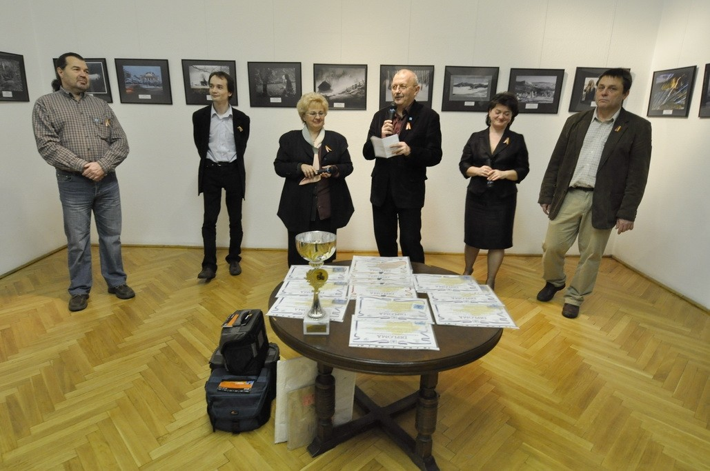 Vernisaj ICR Budapesta 19.01.2011 - Openning in Romanian Cultural Institute Budapest 19.01.2011 - Megnyitó a Budapesti Román Kultúrális Intézetben 2011.01.19
