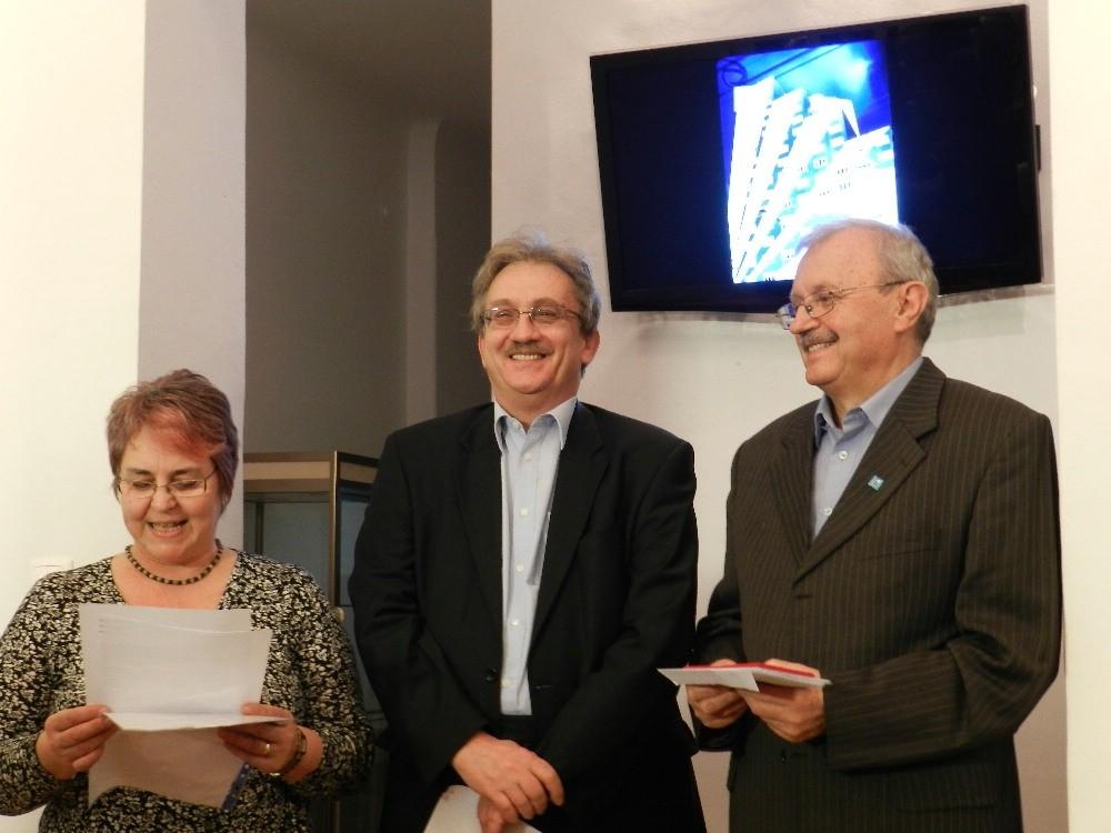 Excelenţa Sa Oszkár Füzes ambasadorul extraordinar şi Plenipotenţial al Ungariei la Bucureşti , prezent la vernisajul Salonului Internaţional - 22 ianuarie 2013