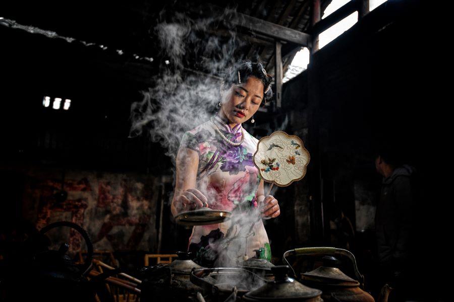 Grace Tan Lee Eng (Singapore) - Old teahouse Beauty 9