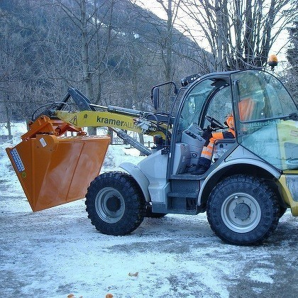 Attachments for wheeled loaders