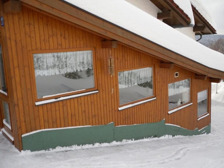 Überdachter Eis-u. Schneefreier Treppenauf.-und Abgang für unsere Gäste