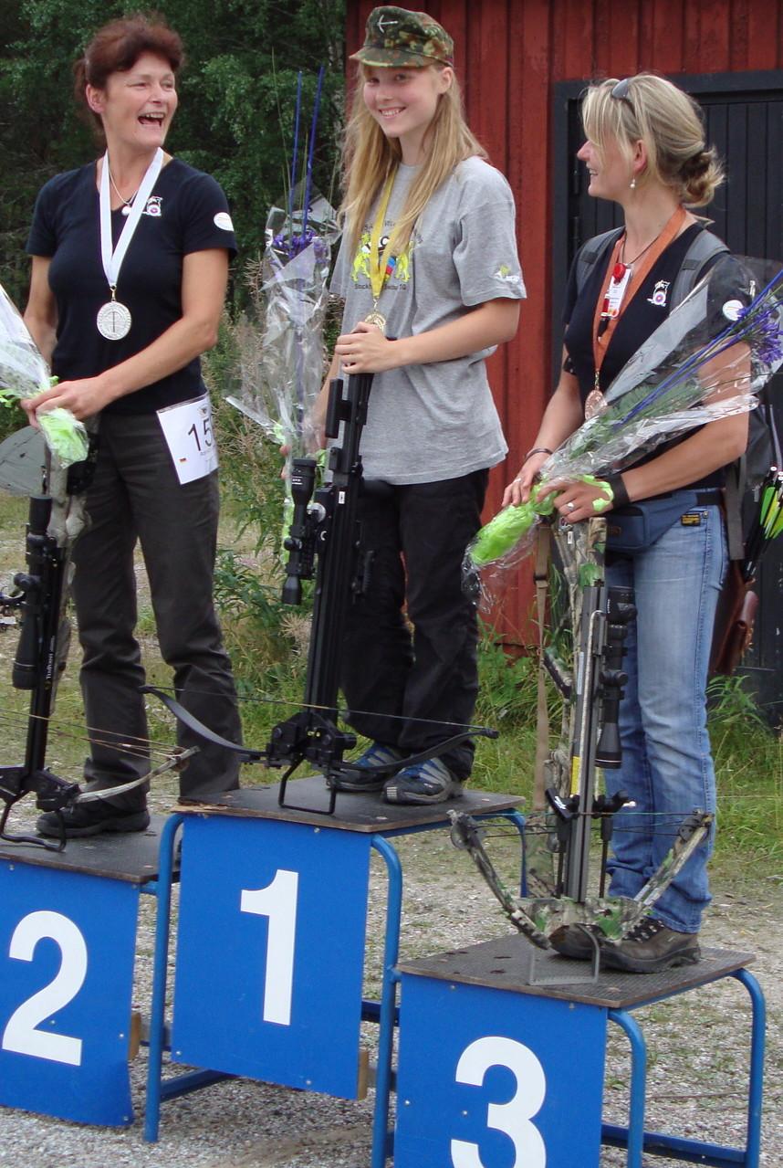 ULTIMATE-SURVIVAL: WCSA World Champion 3D Women 2010 - 1.Platz für meine Tochter