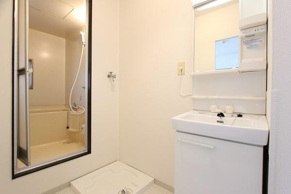 102号室洗面