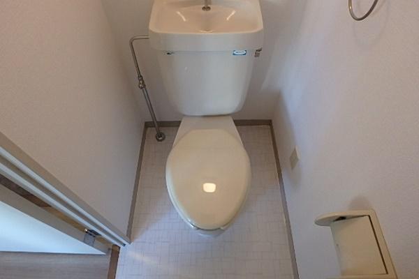 401号室トイレ