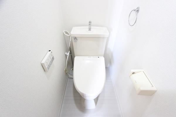 206号室トイレ