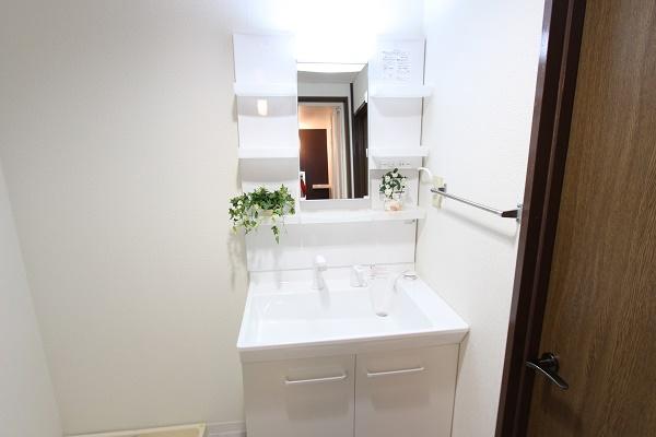 206号室洗面所