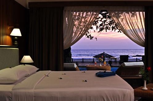 Thande Beach Hotel - Beachfront 1. Reihe