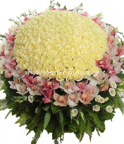 9-803 (151 роза + 4 орхидеи + 20 эувстом)