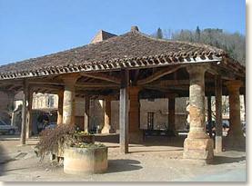 La halle de Cadouin
