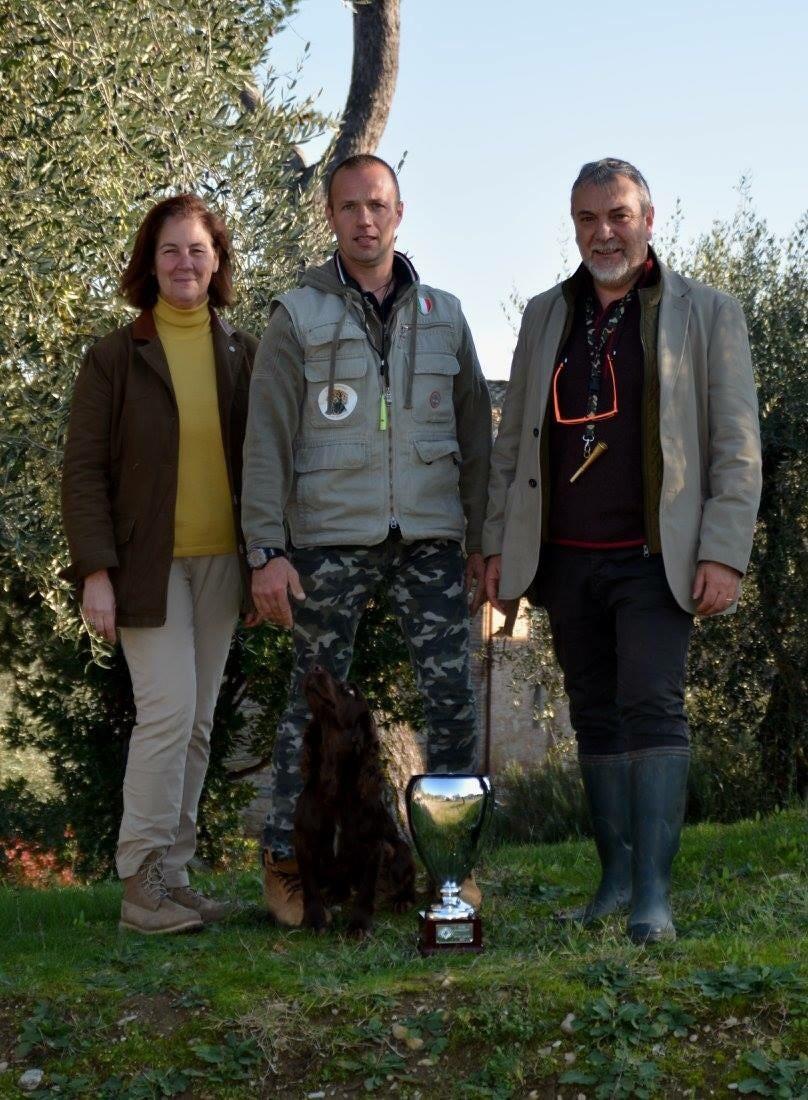 Pico del Rotmik (all. e cond. Michele Rota) vincitore del Derby Spaniel 2015 Premiato dal Presidente CIS Maria Pia Pasquali e dal giudice Donato Grimaldi