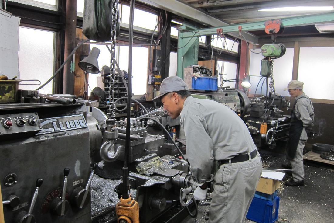 難削形状部品における高精度加工技術・ノウハウを保有*