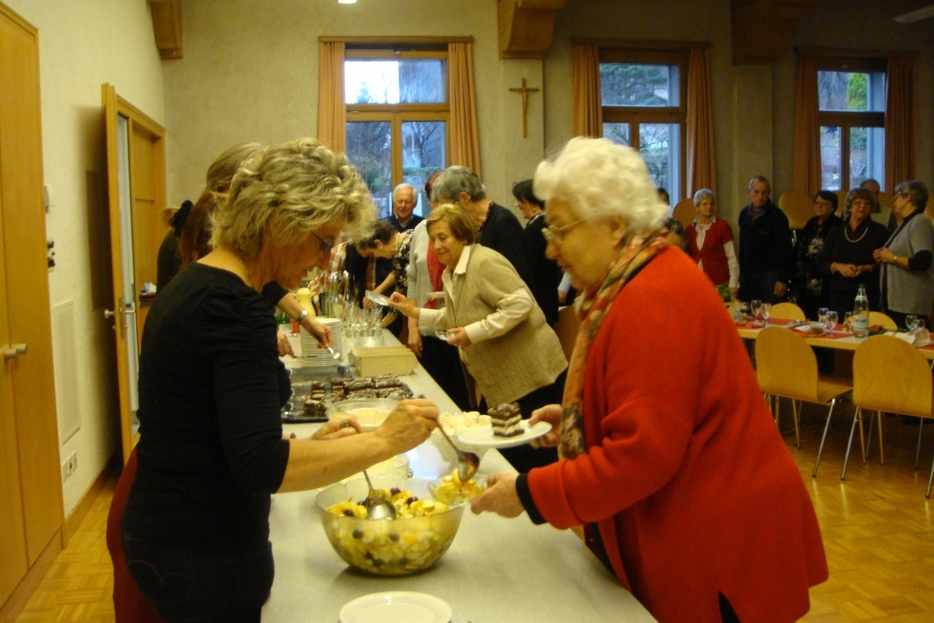 Seniorenchlaus Dessertbuffet