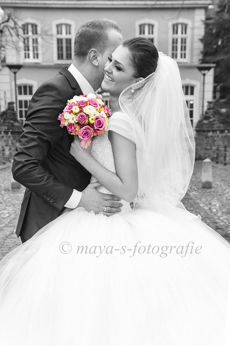 Ein wenig Melancholie im Herzen meines Brautpaares sorgte für wunderschöne Fotos, die ich in schwarz/weiss umsetzen wollte.