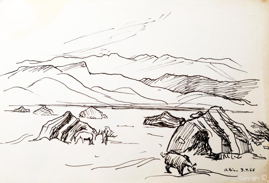 Tentes bédouines au pied du massif des Aurès, 1965