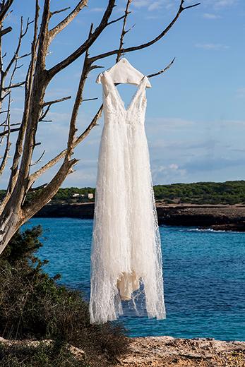 robe-de-mariee-bretelles-tulle-broderie-creation-haute-mesure-emmanuelle-gervy
