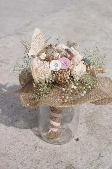 bouquet-eternel-mariee-sur-mesure-champetre-bouton-tulle-emmanuelle-gervy