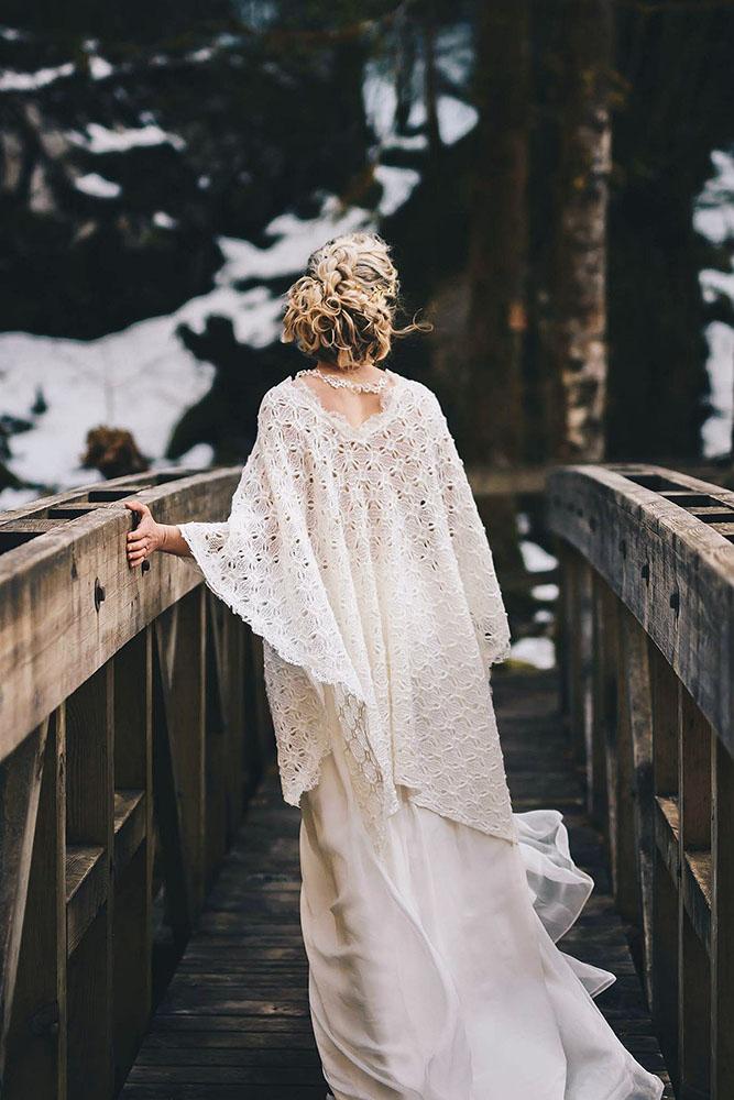 mariee-chale-mariage-hiver-laine-accessoire-sur-mesure-emmanuelle-gervy-grenoble