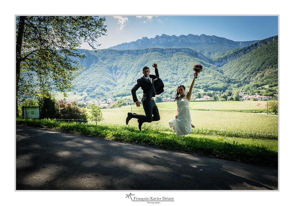Emmanuelle-Gervy-robe-de-mariee-sur-mesure-haut-de-gamme-Dentelle-Grenoble-Lyon-Voiron-Annecy-Chambery-Valence-Romans