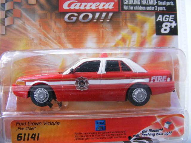 Carrera GO 61141 Ford Crown Fire Chief BLAULICHT!!! USA