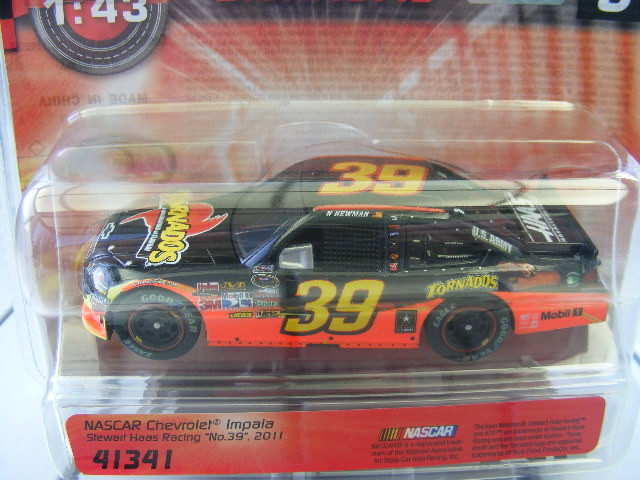 Carrera Digital 143 41341 Nascar Chev. Impala Stewart Haas Racing No.39 2011 USA
