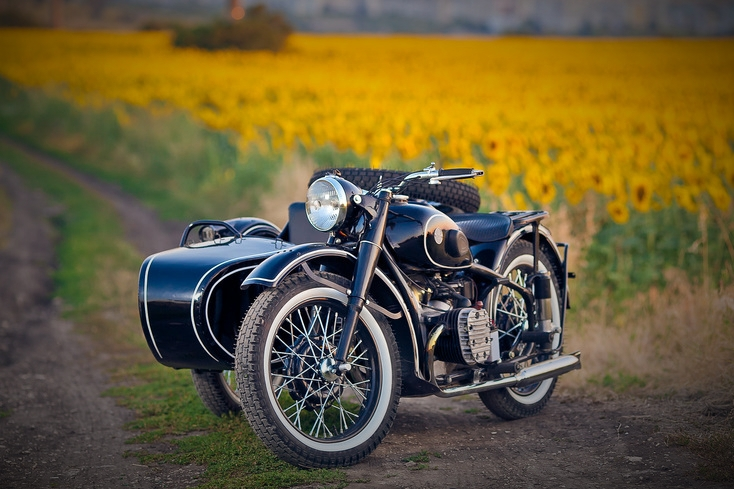 BMW style (Ural M-72 - 1950) - from 7.500,00 euro