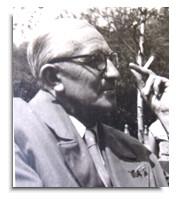 Verlagsgründer Adolf Holzapfel
