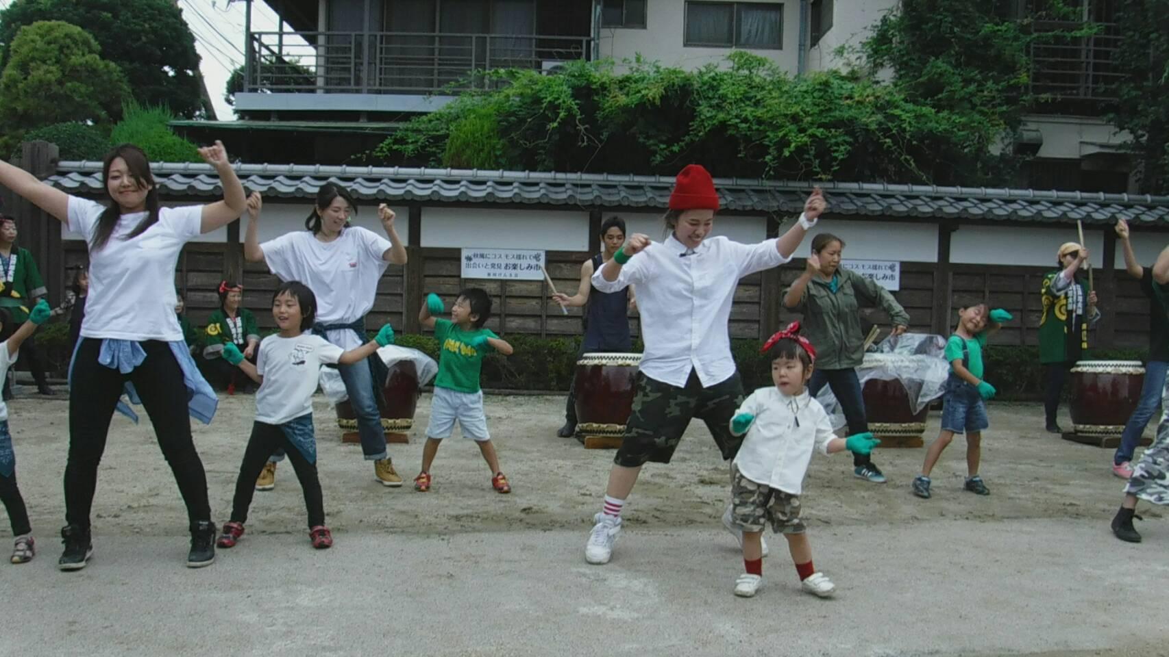 大半が親子ダンスデビューのお子さんたち...良い思い出です!