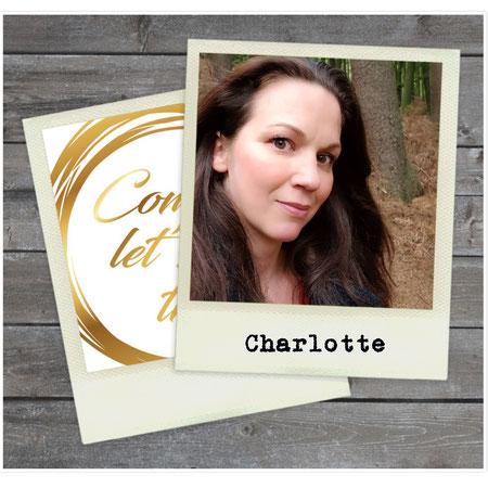 Mom 2 Mom, Vliegen met kleine kinderen, Charlotte