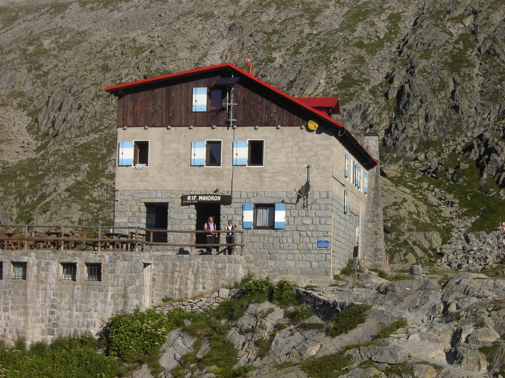 Adamello- Madrone Haus