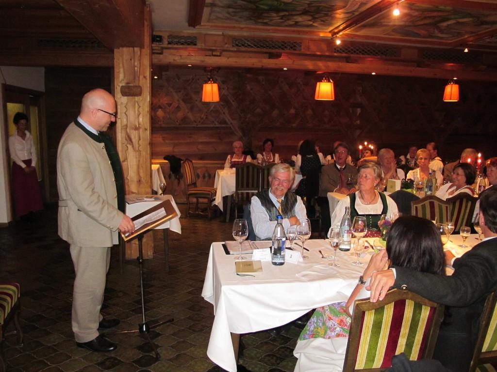 Christian Klotz gratuliert in launiger Rede