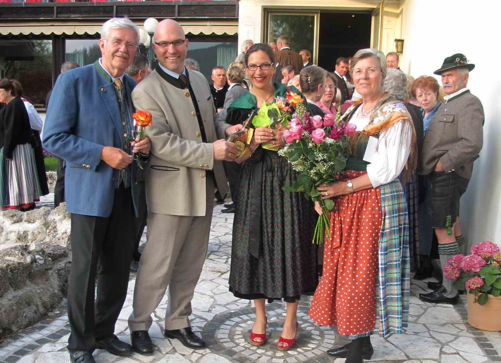 Christian Klotz, Bez.-Geschäftsführer des BdS, gratuliert mit Frau Sonja