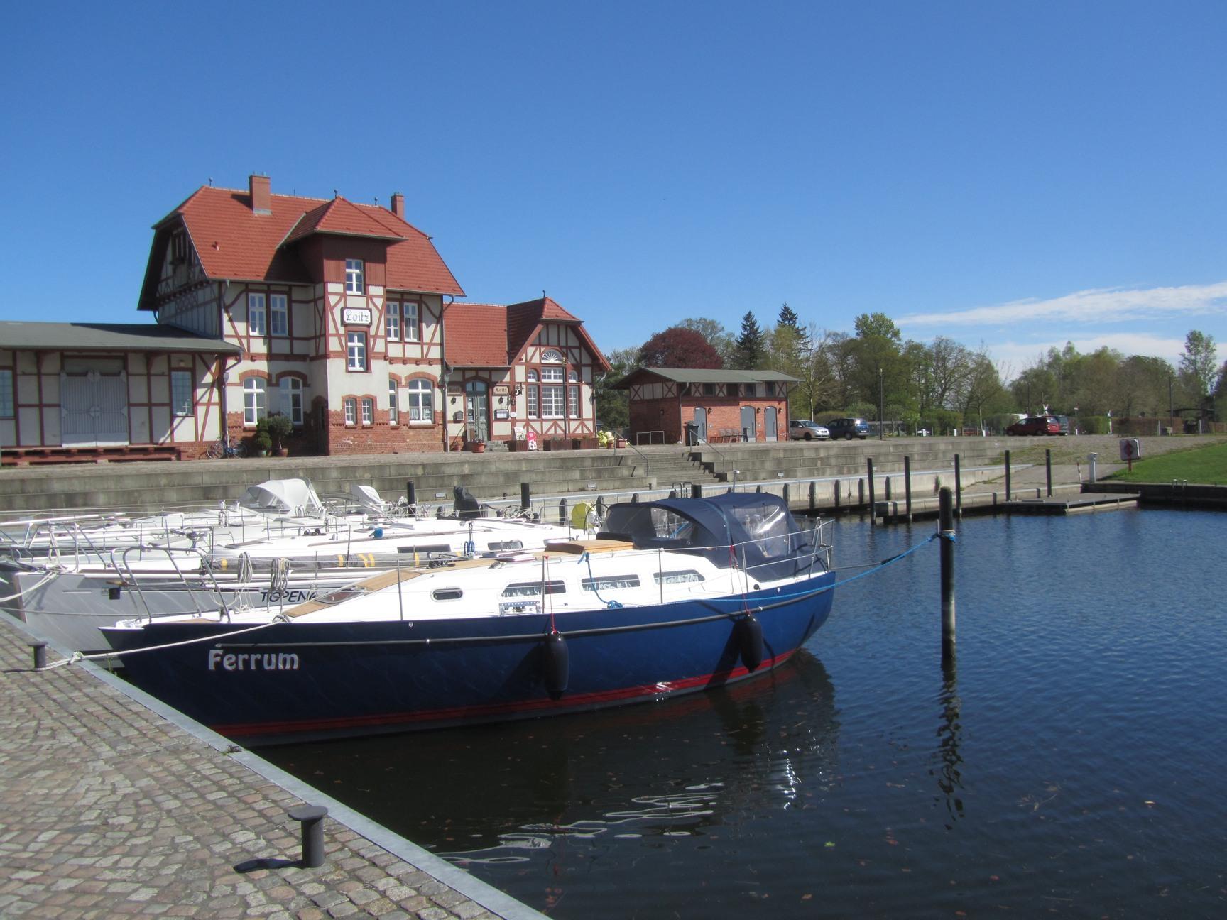 Loitz Hafenbecken