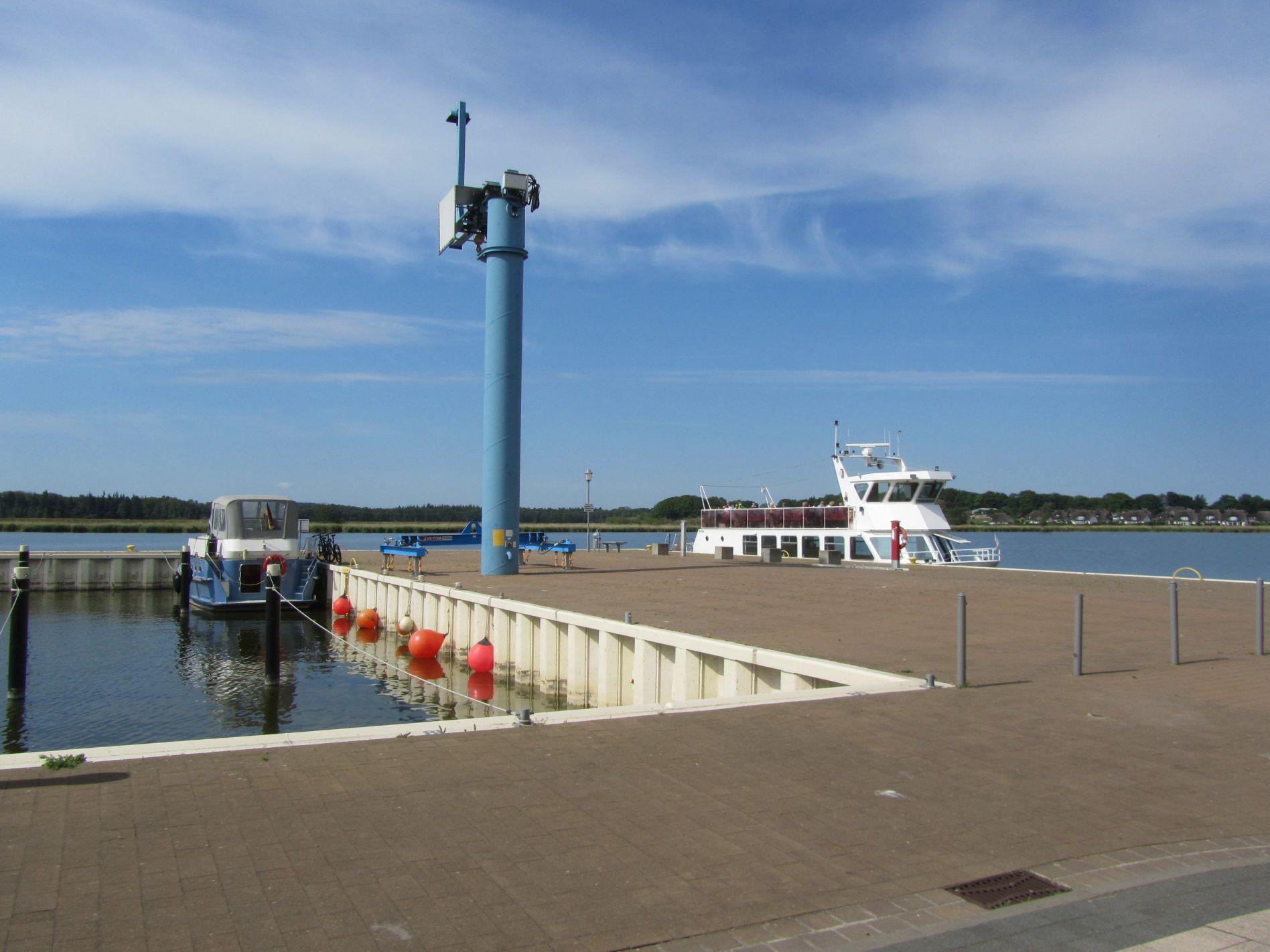 Kran am Hafen Zinnowitz